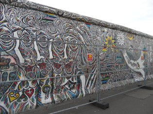 Berliner Mauer - East Side Gallery (44)