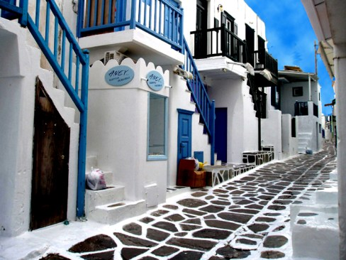 Isles-21-Mykonos%20Street