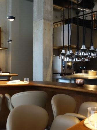 Innenraum des Restaurant The Table, Hamburg Hafencity, 3 Michelin-Sterne