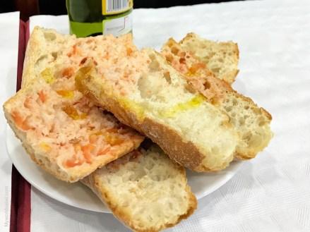 Pa amb tomàquet, Brot mit Tomate, spanische Tapas