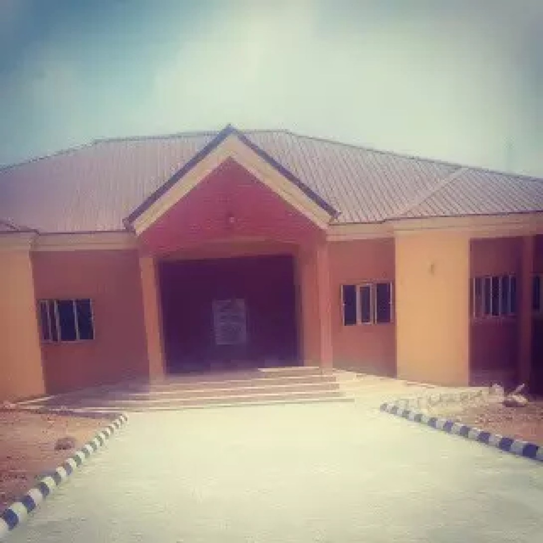 """""""A HOUSE BUILT WITH GOLD""""   (AN ARTICLE FEATURING THE NEW BBSF CAFETERIA) - BY ABIMBOLA AJEWOLE 2"""
