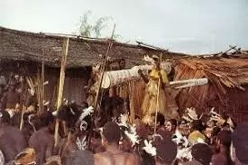 THE INDONESIAN ASMAT: WHERE CANNIBALISM IS HEROIC 12
