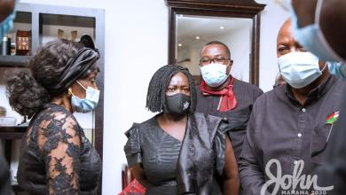 Photo of Mahama, NDC leaders mourn with family of Rawlings