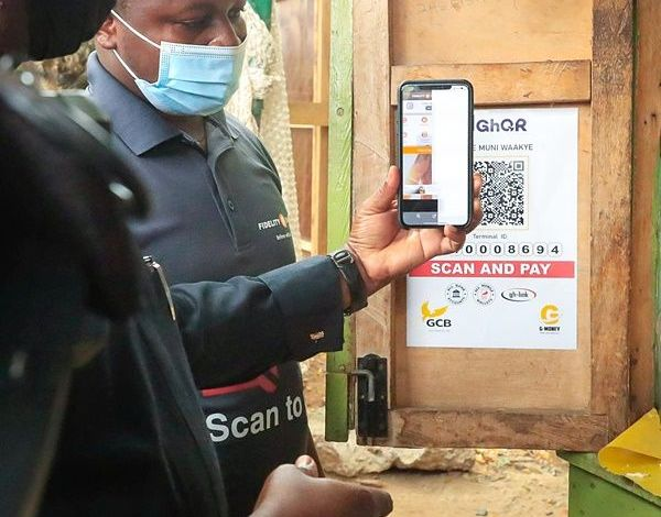 Photo of You can now buy waakye, pay for taxi with Universal QR code – Dr. Bawumia