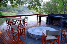 Deck overlooking Olifants river