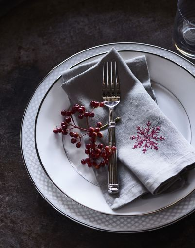 the-christmas-dining-table-3