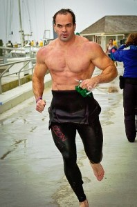 Cardio and Lifting – Cardio won't hugely impact your gains in the short run, and may be beneficial for strength and size in the long run