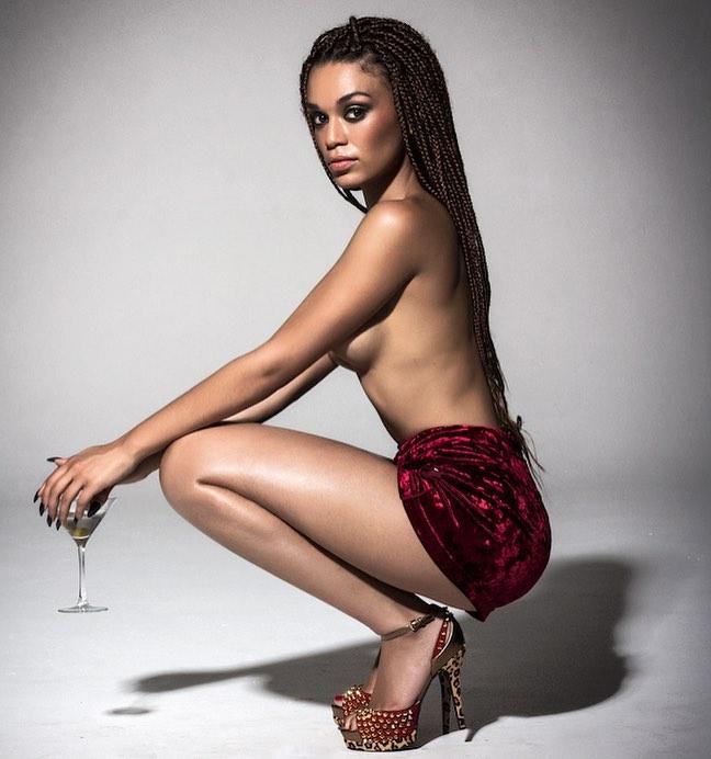 sexy lightskin women body