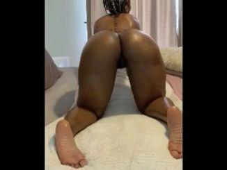 Thick Mamitee Twerking Big Booty