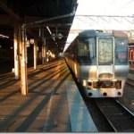 江別に特急列車が停車する特別な日「やきもの市」