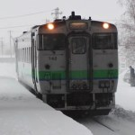JR北海道 キハ40 大雪で立ち往生もベテラン運転士の凄技で平岸脱出!