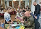 У Кропивницькому виткали Крим. Фото Ігоря Демчука