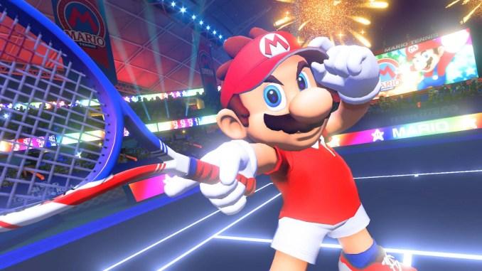 Das Bild zeigt Mario mit erhobenem Tennisschläger. Es handelt sich um das Spiel Mario Tennis Aces. Es erfüllt die Vorgaben der WHO für aktive Videospiele