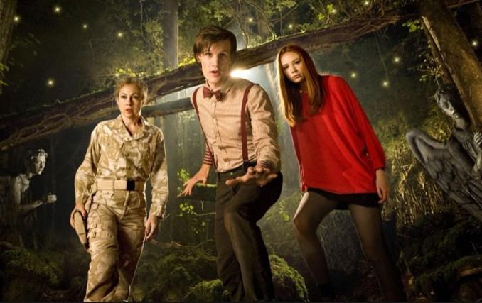Das Bild zeigt den elften Doctor und seine Begleiter.