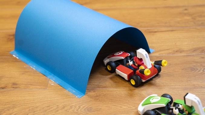 """Das Bild zeigt einen erstellten Tunnel für """"Mario Kart Live""""."""