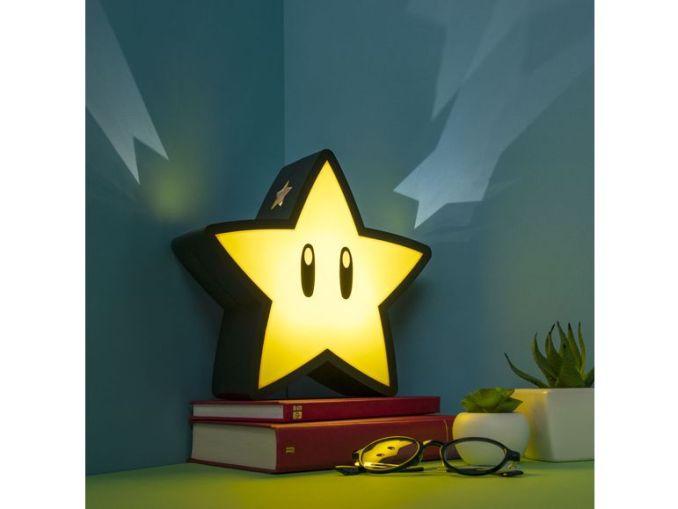 Das Bild zeigt eine Nintendo-Merch Superstern-Lampe, welche von Lidl vertrieben wird.