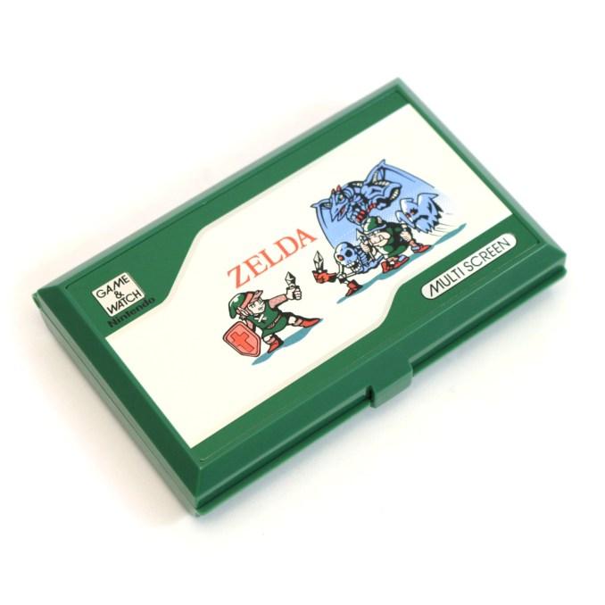 """Das Bild zeigt den alten Game & Watch: """"The Legend of Zelda"""" mit Multi-Screen."""