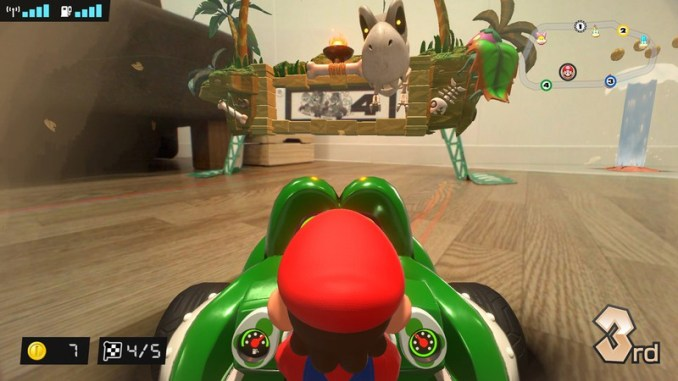 """Das Bild zeigt die neue Strecke """"Fossil Field"""" in """"Mario Kart Live: Home Circuit""""."""