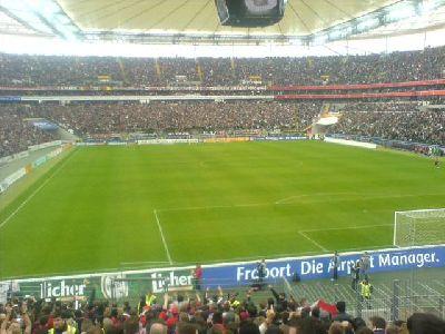 Spielunterbrechung Nürnberg Frankfurt 05.04.2008 Bengalfackel-Chaoten
