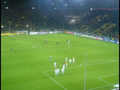 FCN in Dortmund Koller in BVB-Kurve