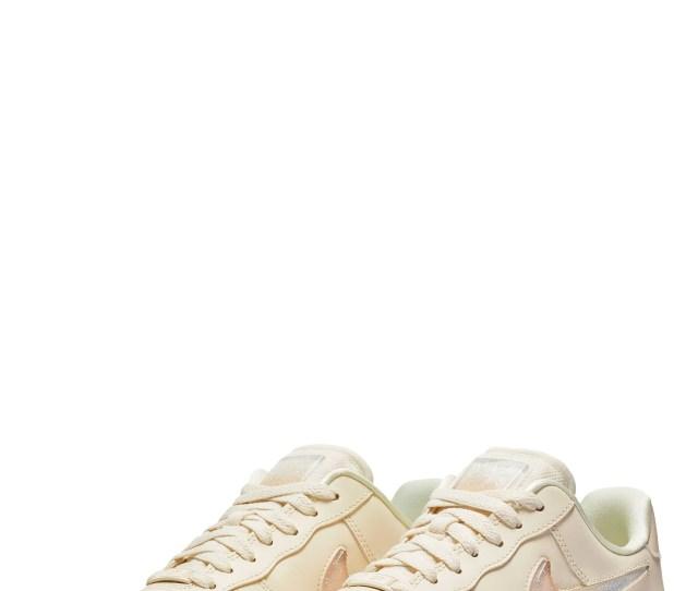 Air Force 1 07 Se Premium Sneaker Main