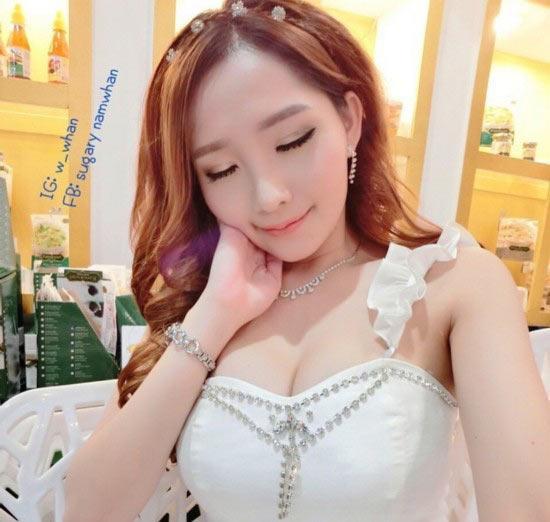 泰國最美校花女神私照曝光 25歲長似芭比娃娃