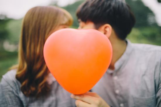 戀愛技巧:7個與性格內向者的約會技巧