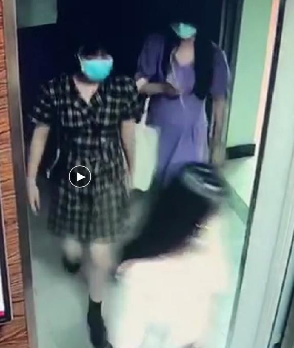 ff08-iwasyek1900509 TNT Expose Photos Of Sishengs Entering Company Building Illegally To Stalk The Boy Group