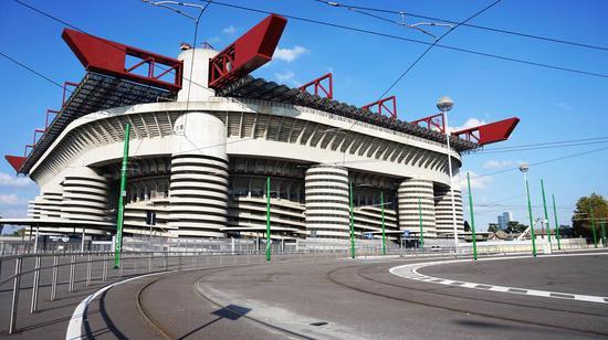 莫拉蒂:不贊成拆梅阿查球場 米蘭城歷史中有它_國際足球_新浪競技風暴_新浪網