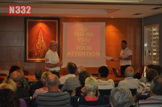 20150423 - Orihuela Town Hall Helps International Residents with Driving Talk (2)