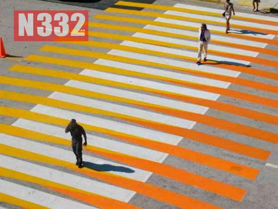 20150707 - Different Coloured Pedestrian Crossings 2