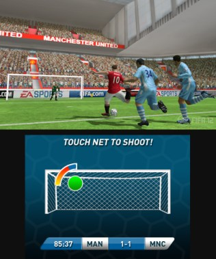 fifa12_3ds_rooneyshooting2_dualscreen