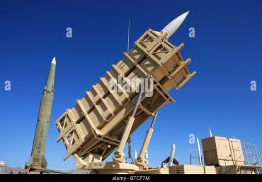 Patriot missile battery on display at the White Sands Missile Range Museum, New Mexico. - Stock Image