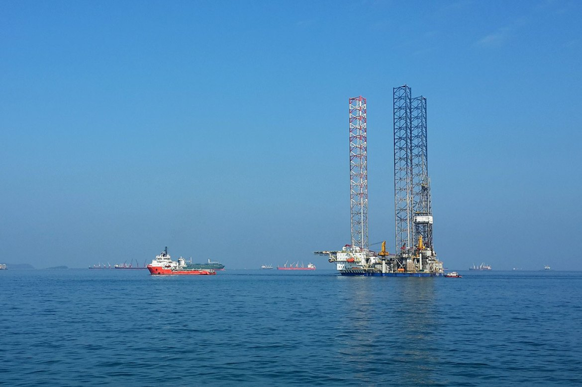 Oil Rig in Tow