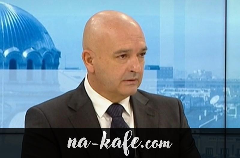 Ген. Мутафчийски: Ще се сдобием с 12 млн. ваксини, до април – 100 хил. ваксинирани