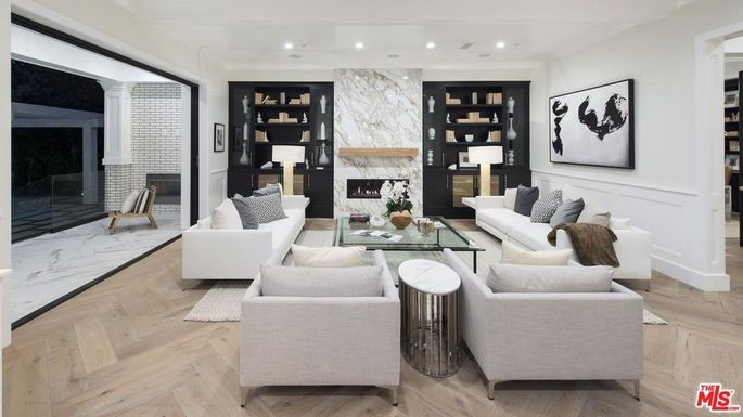 Family room with access to the outdoors