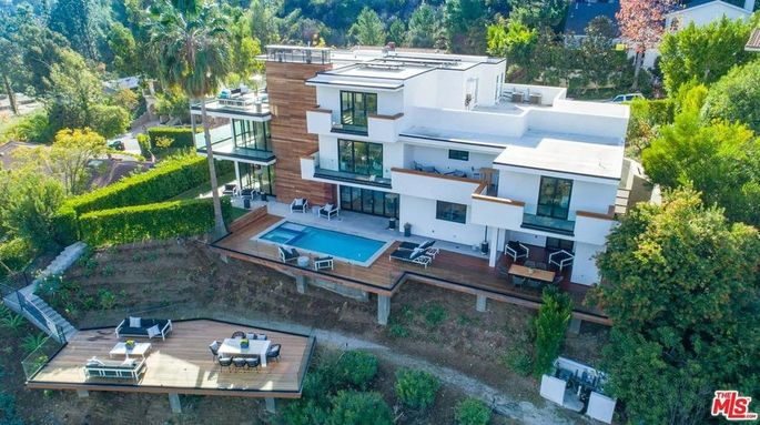 Luol Deng's Brentwood home