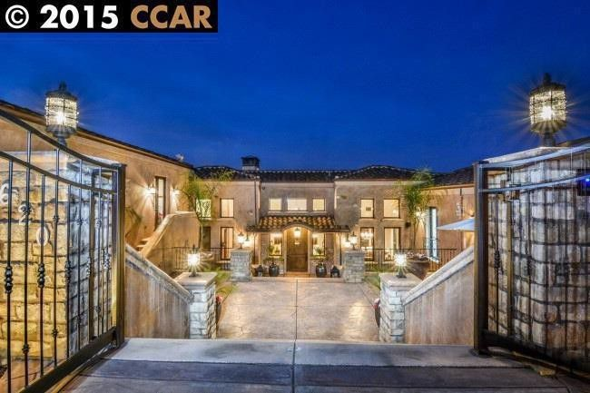 Stephen Curry's former Walnut Creek, CA home.