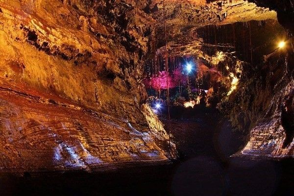 Another view of the cave.