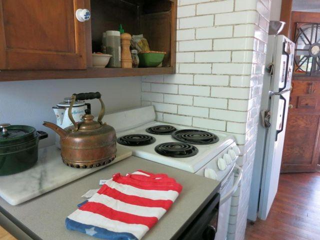 Kitchen3138NCambridgeAveMilwaukee
