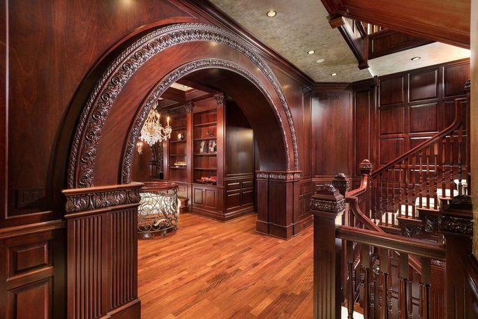 Gorgeous woodwork