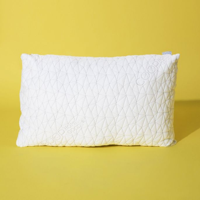 Shredded memory foam can be removed or added to this pillow.