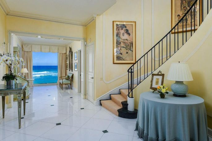 Ocean view from the foyer