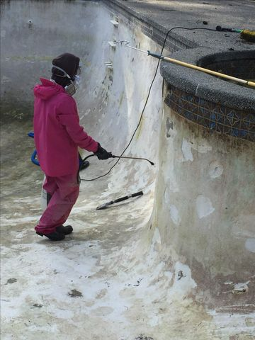 Cleaning concrete pool