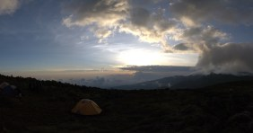 Kilimanjaro - panorama - 006 - Camp no 3