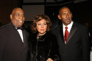 Willis-Diahann Carroll-Ron
