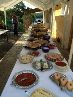 Mat på buffé båthuset