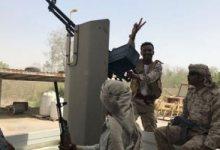 Photo of مصادر عسكرية يمنية: مقتل 80 حوثيا وأسر 100 آخرين في جبهة نهم