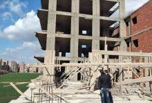 Photo of حملة مكثفة بمدينة بنها برفع الشادة الخشبية لادوار مخالفة للبناء