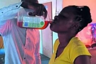 Photo of كينيا: وفاة 59 شخصا بعد شرب مطهر الديتول لتفادي الإصابة بكورونا